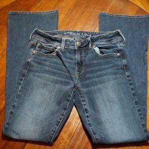 Womans AEO Denim American Eagle Super Stretch Jean